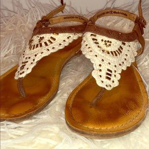 Not Rated Shoes - Girl's Not Rated Cloth and Beaded Sandals Size 6